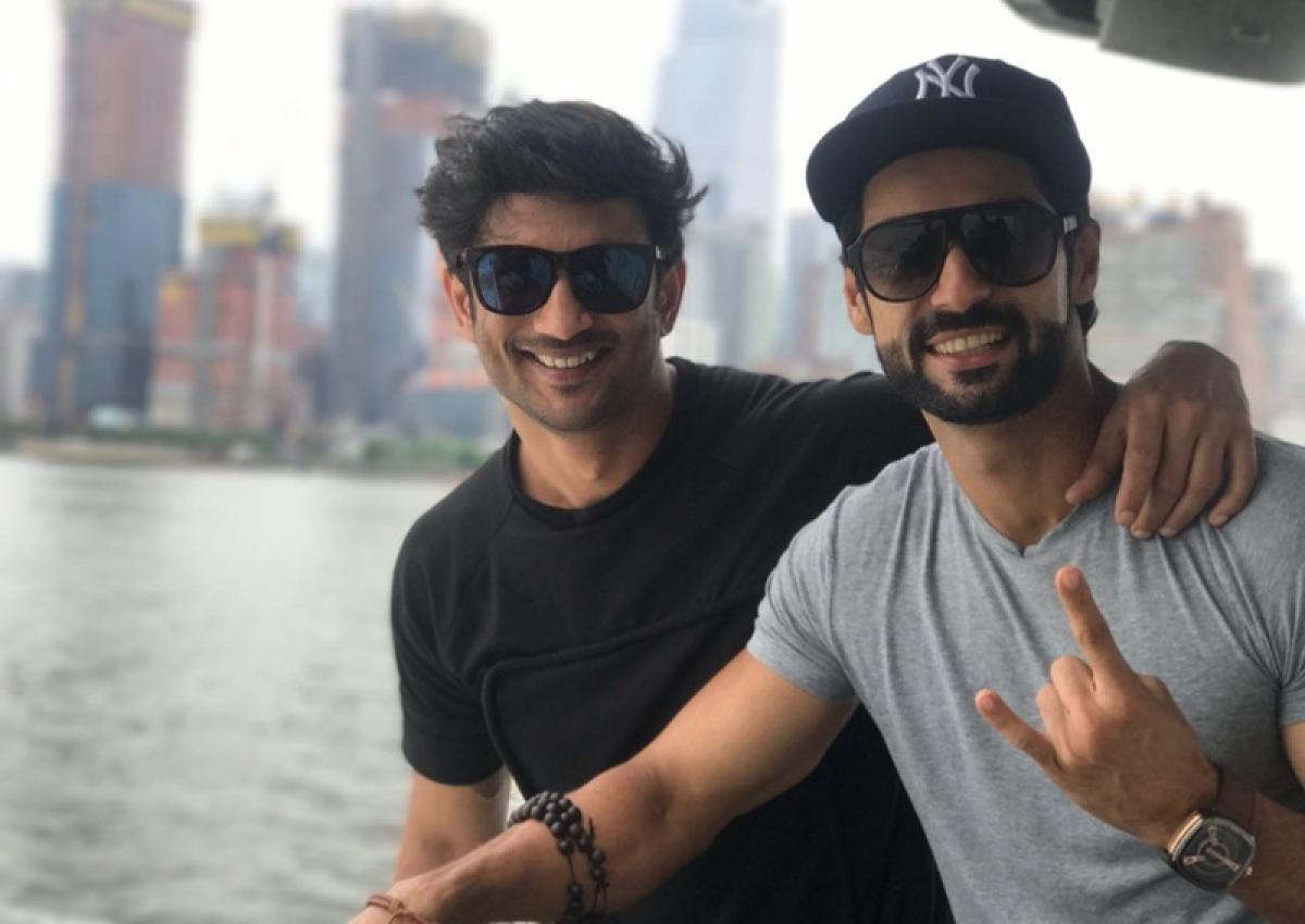 IIFA 2017: Sushant Singh Rajput and Karan Wahi go exploring in New York