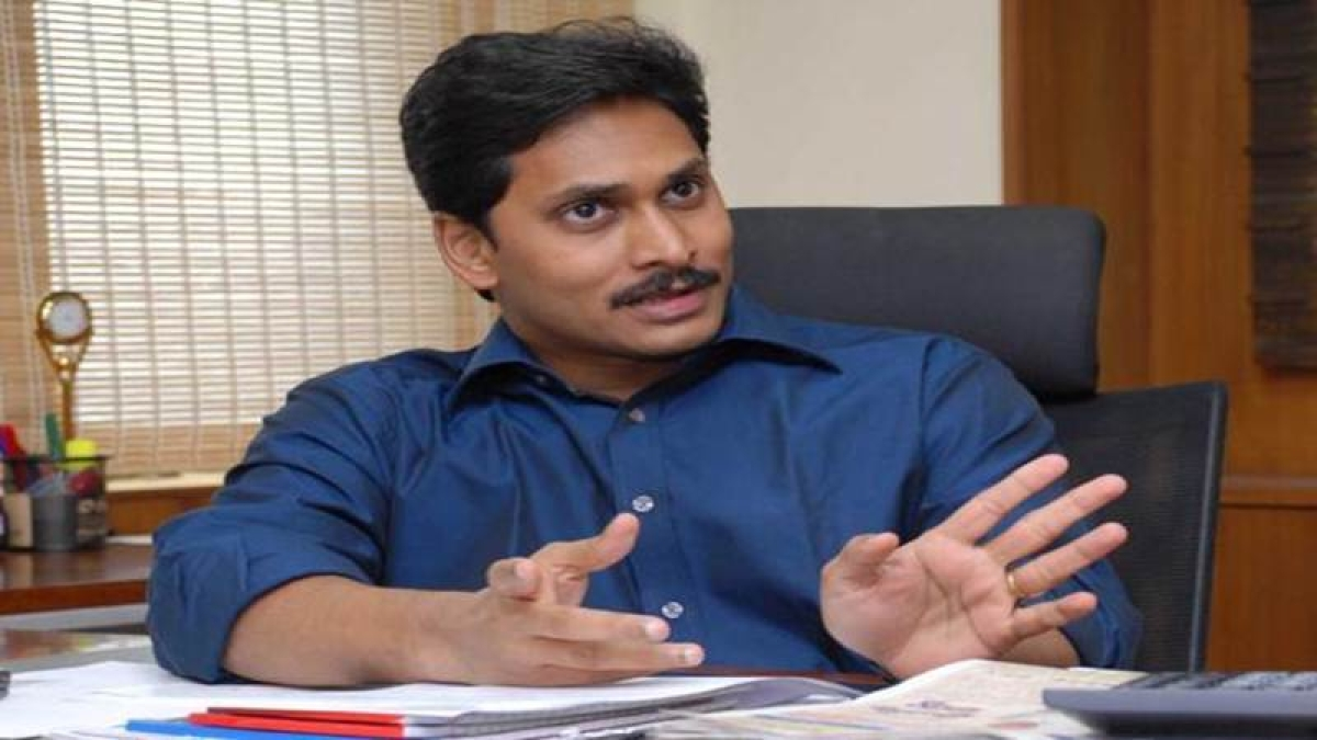 YSR Congress chief Jagan Mohan Reddy injured in attack at Vizag airport