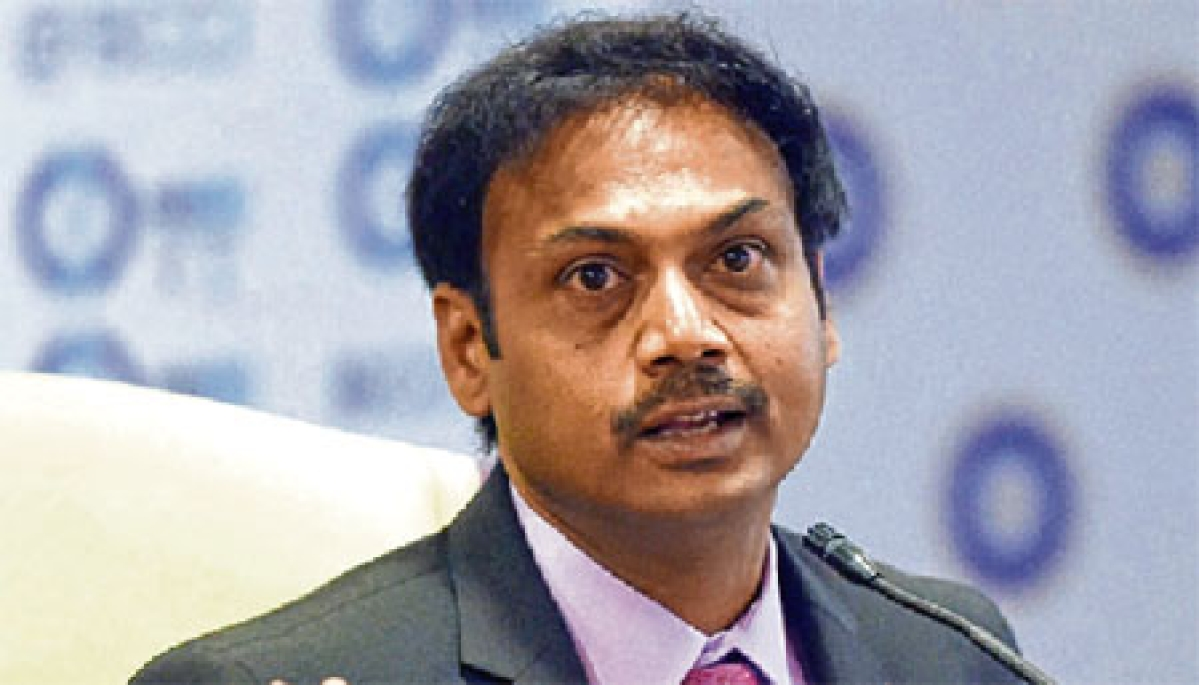Surprised that Murali Vijay is talking about lack of communication:MSK Prasad
