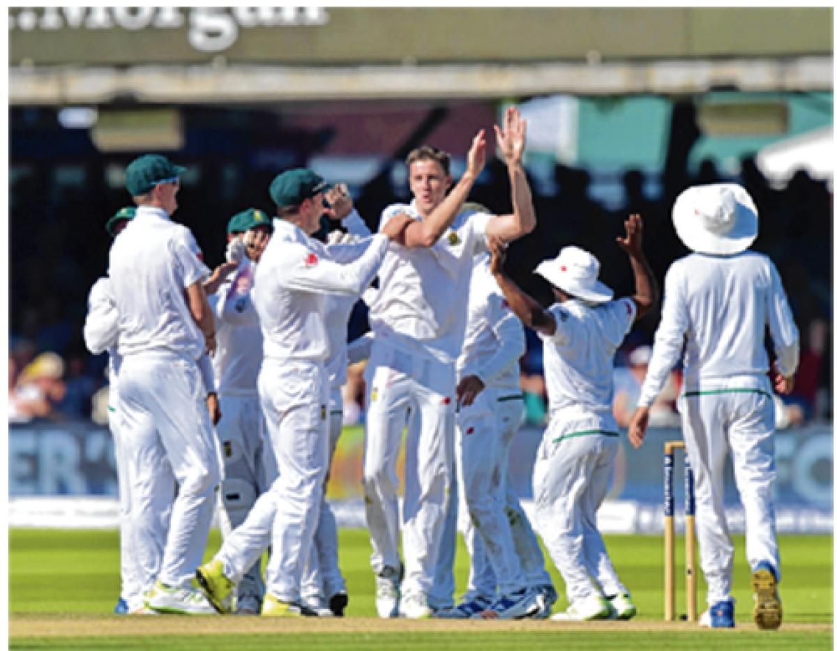 Morne Morkel sparks England collapse in 1st Test