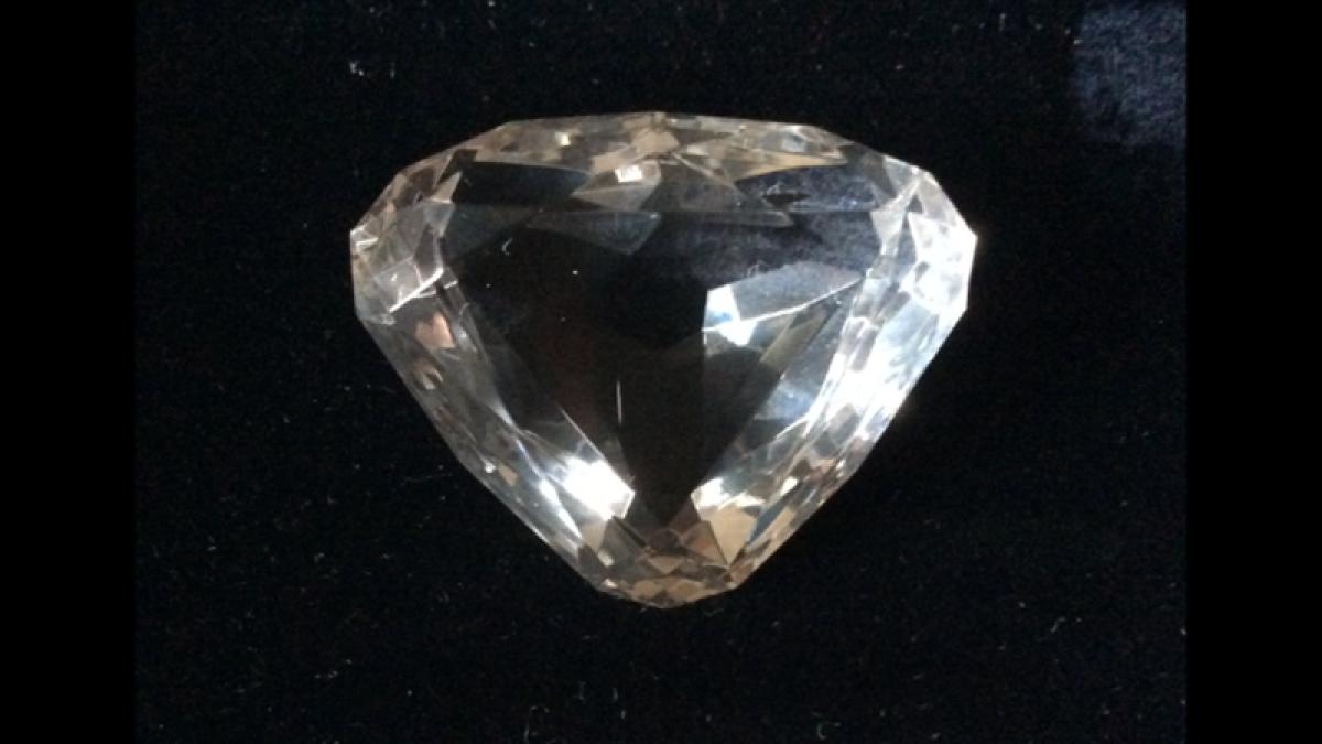 Woman fights to bring back Nassak diamond