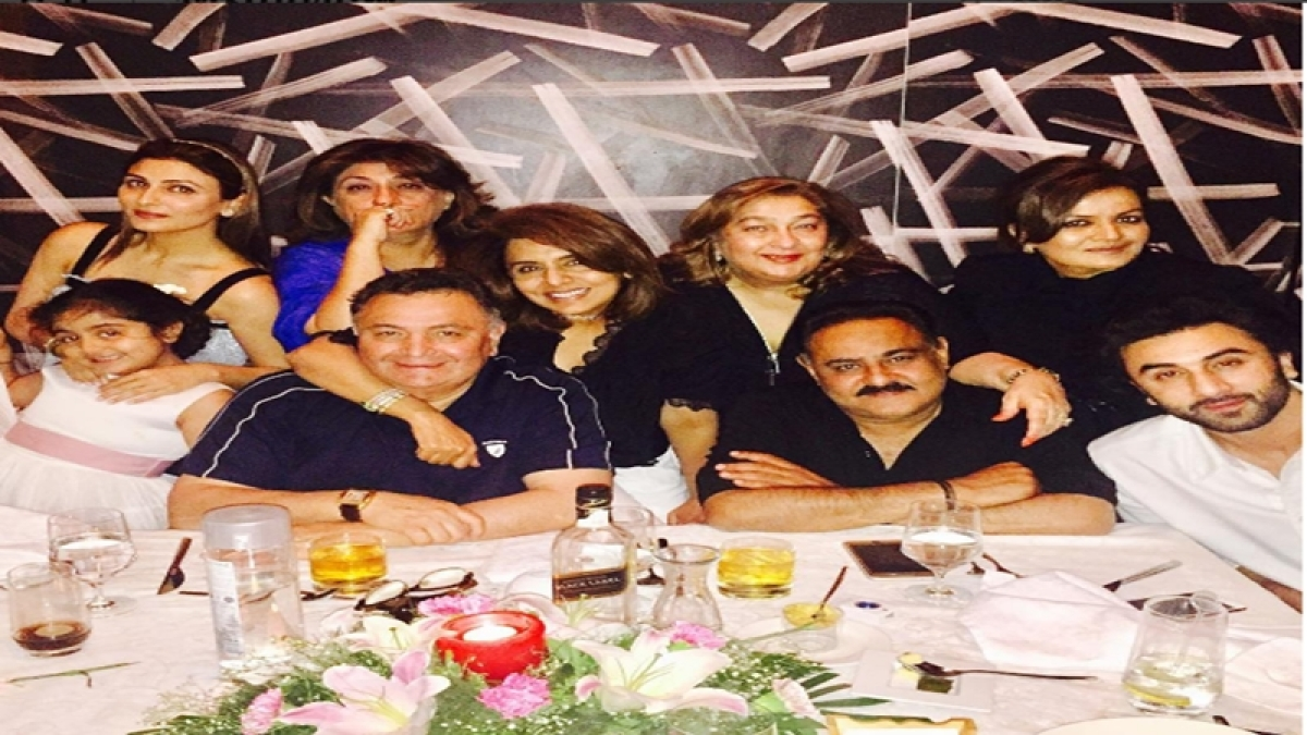 See Pictures: 'Jagga Jasoos' actor Ranbir Kapoor celebrates mom Neetu Singh's birthday