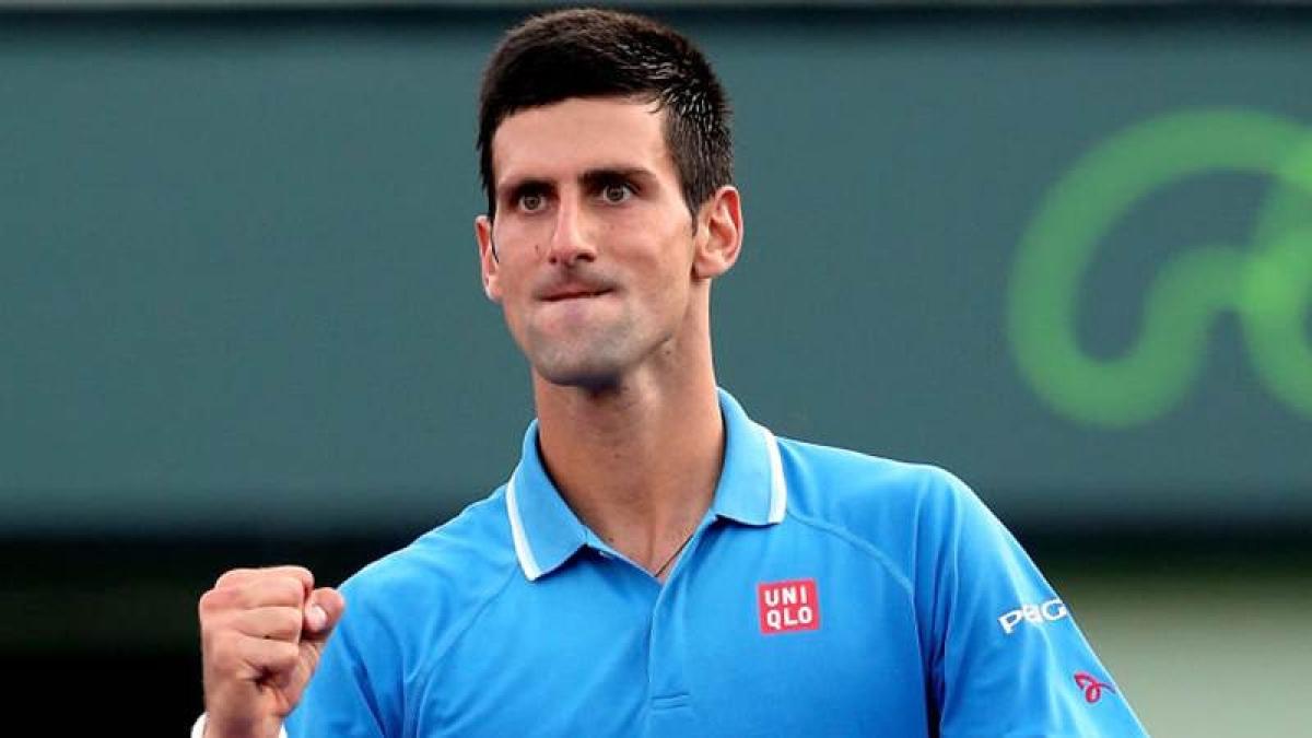 Novak Djokovic eases into Queen's Club semi-finals