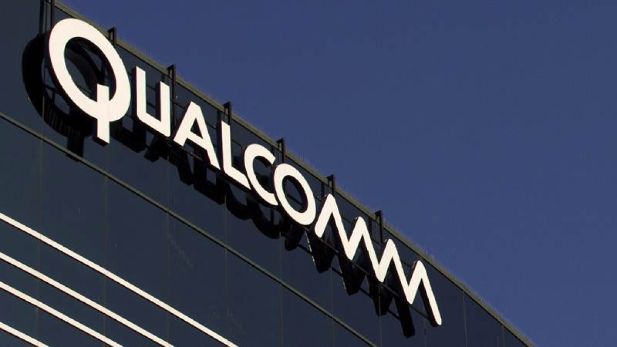 Qualcomm goes after Apple, seeks iPhone import ban