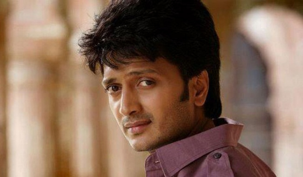 Riteish Deshmukh remembers father on death anniversary