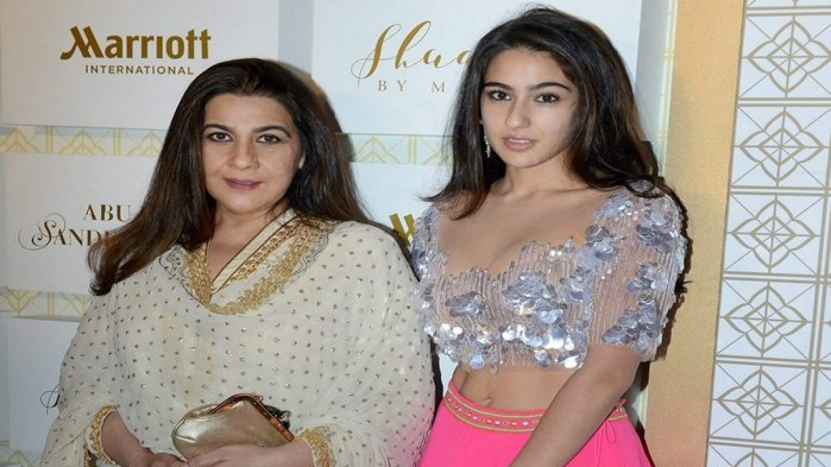 Sara Ali Khan to groove on Saif Ali Khan, Amrita Singh's hits at IIFA Awards 2019