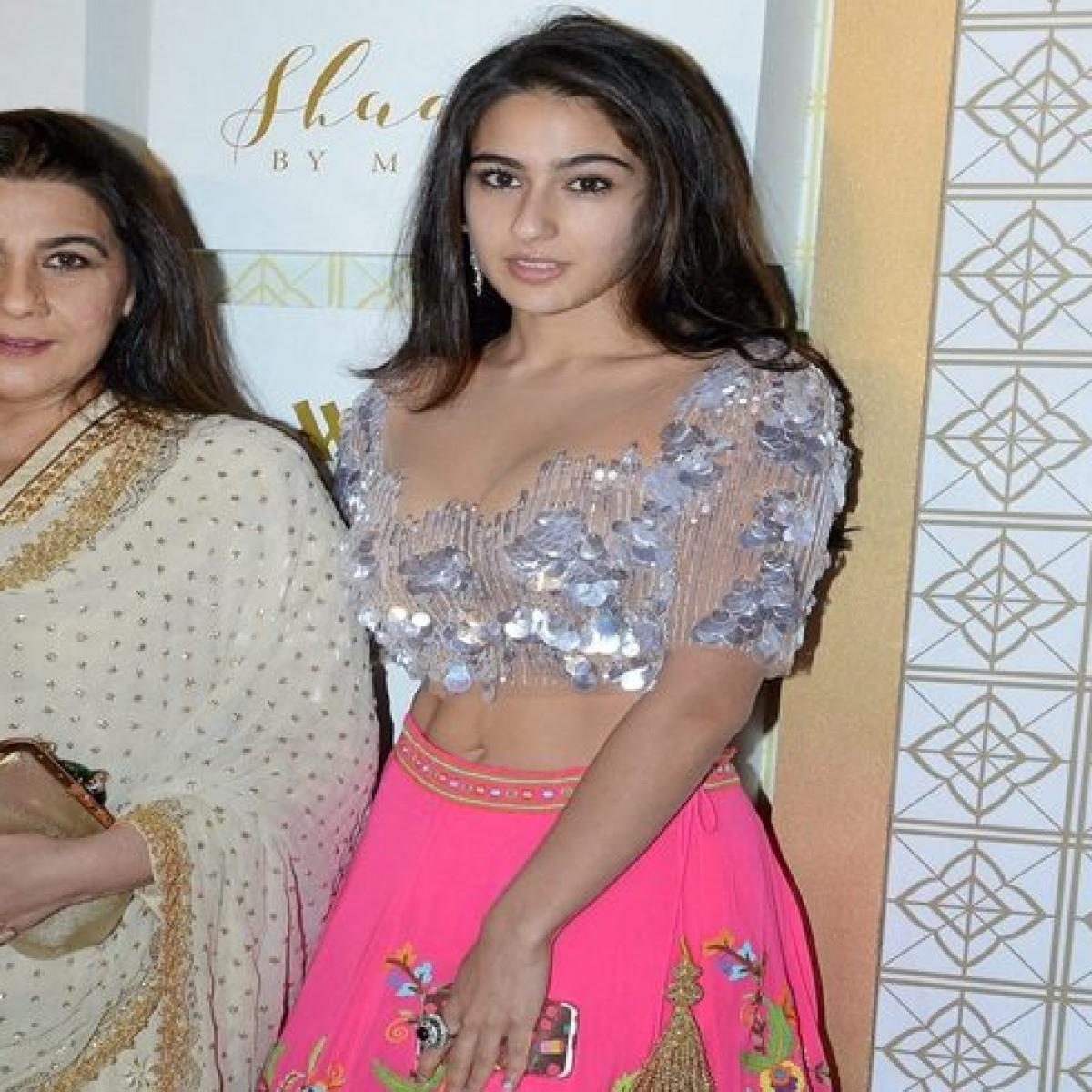 Sara Ali Khan to groove on Saif Ali Khan, Amrita Singh's hits at IIFA Awards 2019