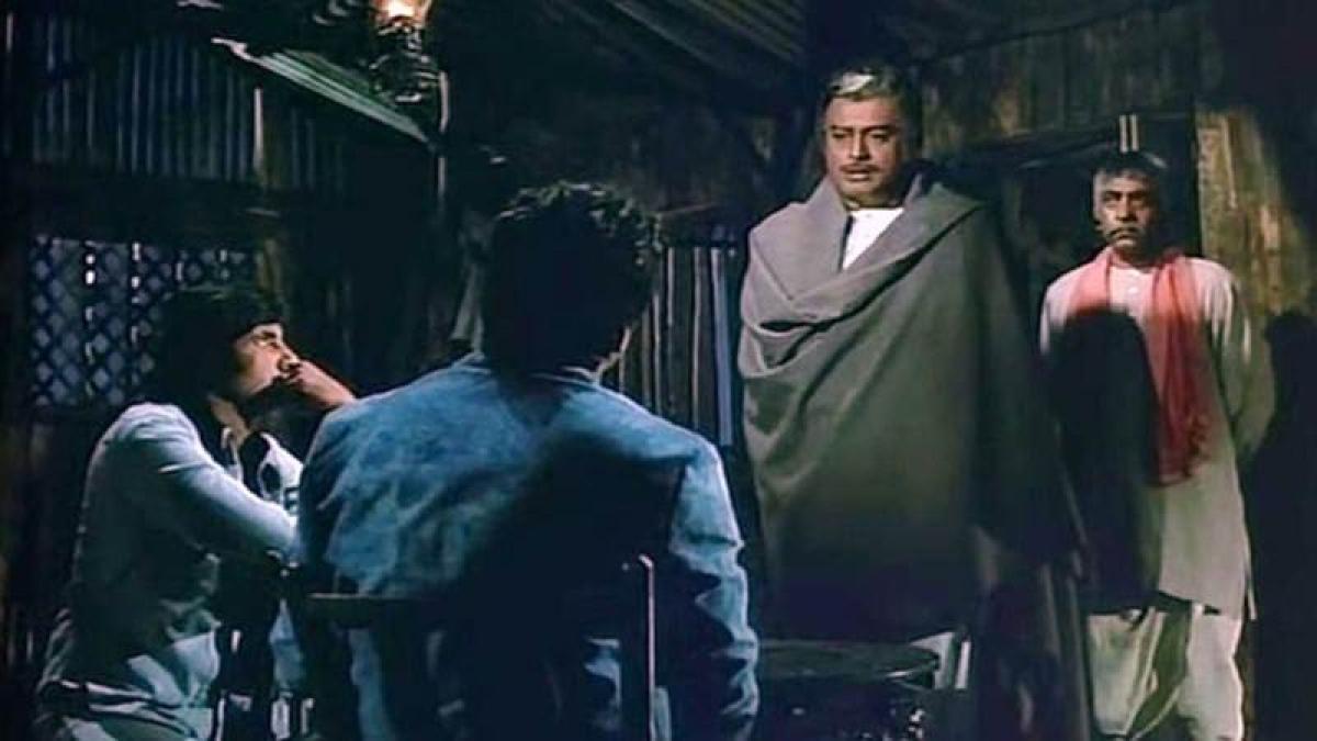 Sanjeev Kumar Birthday Special: 5 of his finest performances