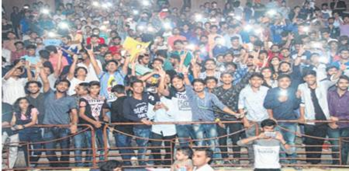 Indore: YOUTUBE star Bhuvan Bam performs