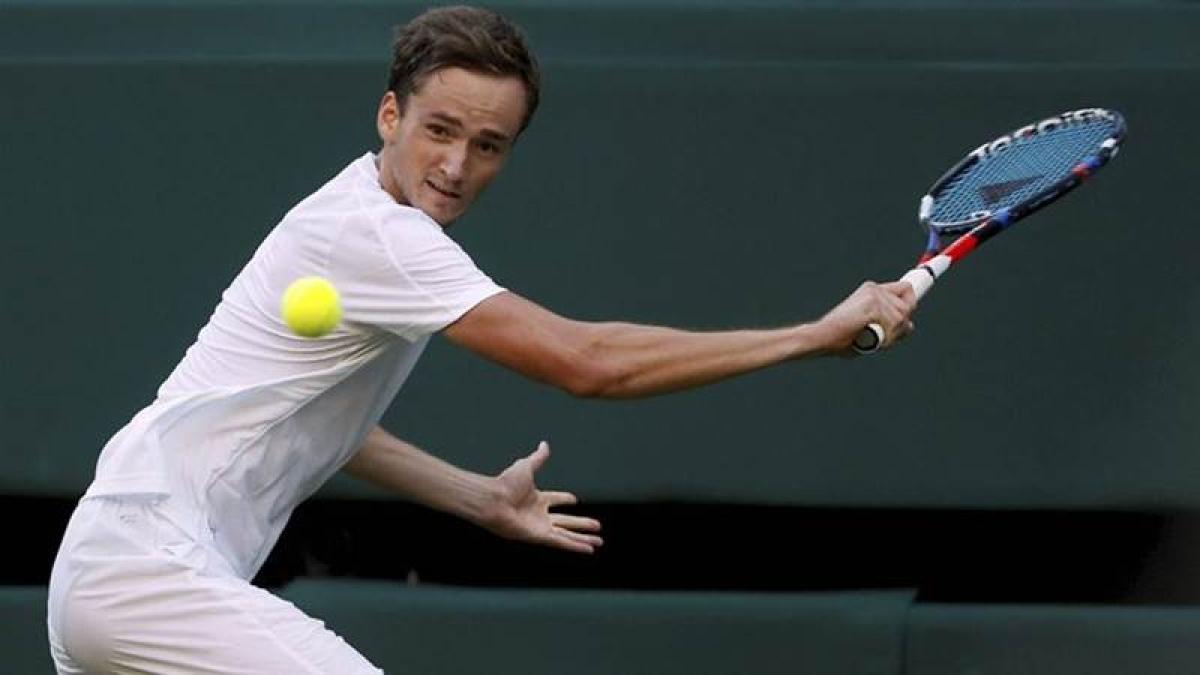 Daniil Medvedev to face Dominic Thiem in summit clash of ATP Finals