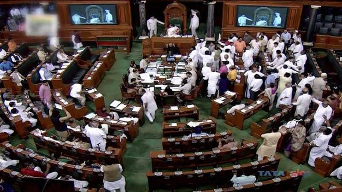 Opposition targets govt over agrarian crisis, farmers' suicide