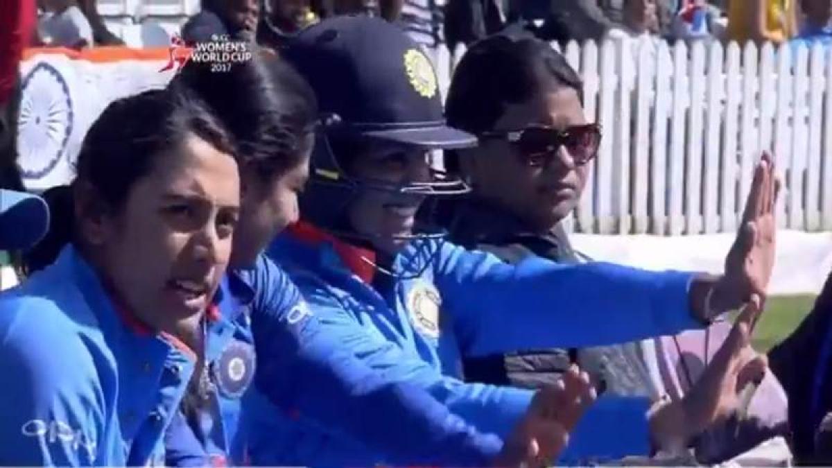 Fun Video: Mithali Raj, Veda Krishnamurthy dance to Harmanpreet Kaur's tunes