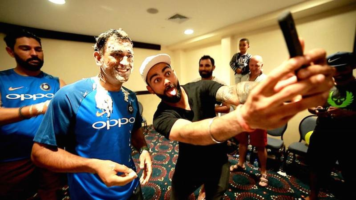 Cake That! Team India celebrates MS Dhoni's 36th birthday in style