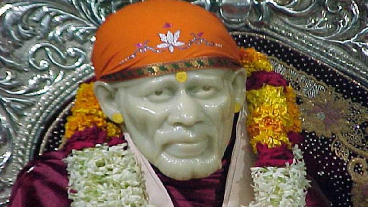 Devotee donates 2-kg gold sandals to Shirdi's Saibaba temple