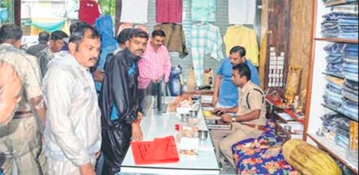 Ujjain: Thieves loot shops in Freeganj, Sanwer road