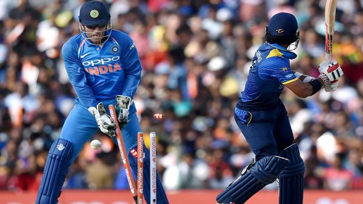 Watch Video: MS Dhoni's smart stumping proves he's still a livewire behind the stumps