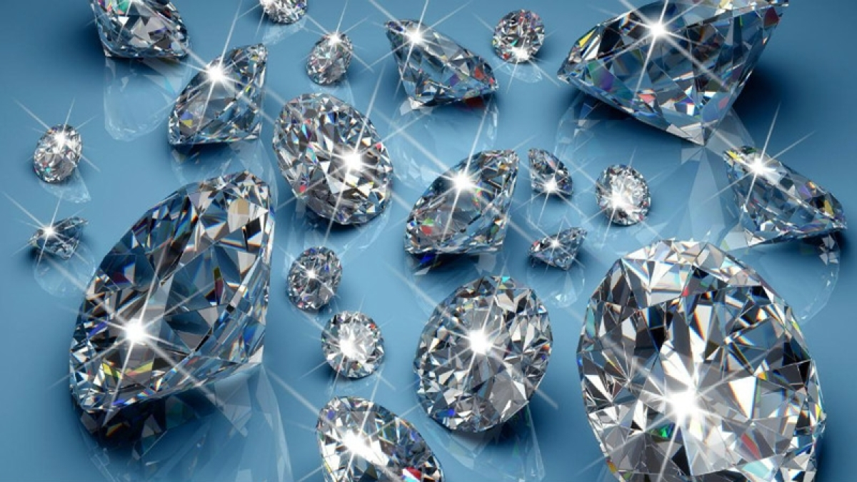 Biggest diamond producer, De Beers lowers its price by 5%