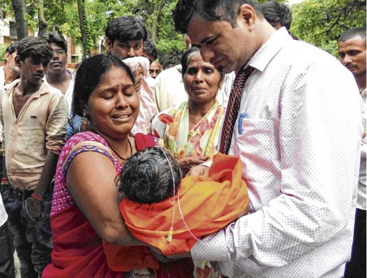 Gorakhpur tragedy: NHRC sends notice to UP govt, seeks report