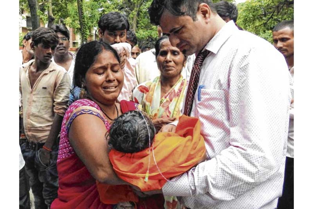 Gorakhpur tragedy: So, do we admire Amit Shah for his statement?