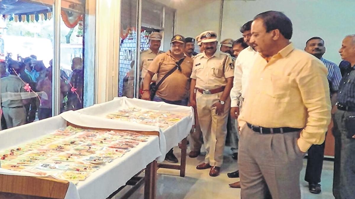 Mumbai: Handmade rakhi in prisons to earn revenue for state & inmates