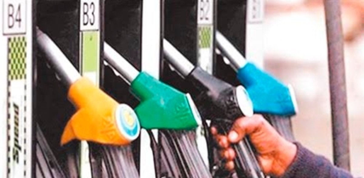 Indore: High VAT Petrol pump owners gear up to corner state govt