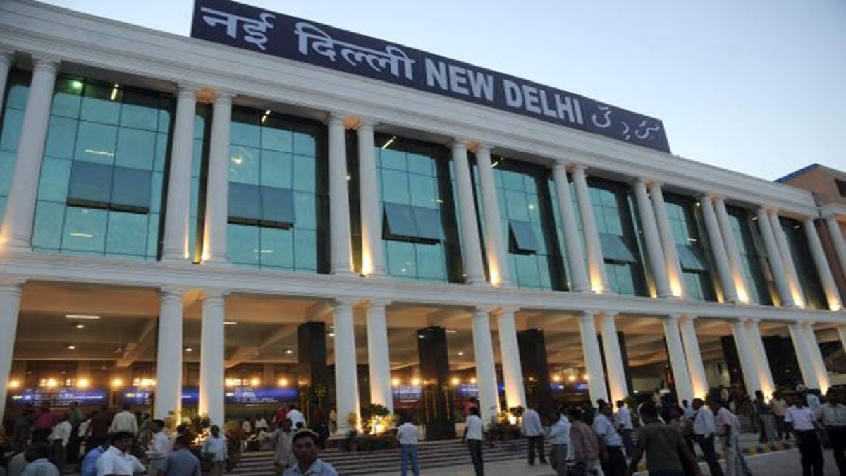 Searches on at New Delhi station after bomb call