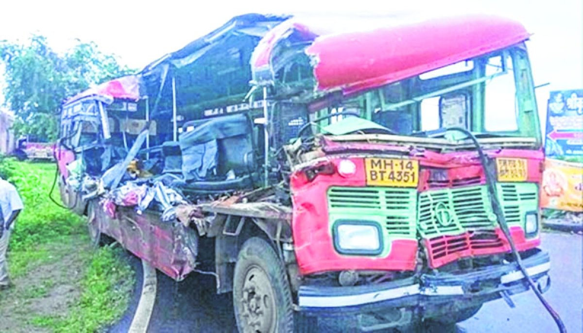 2 OSAP jawans killed in bus-truck collision