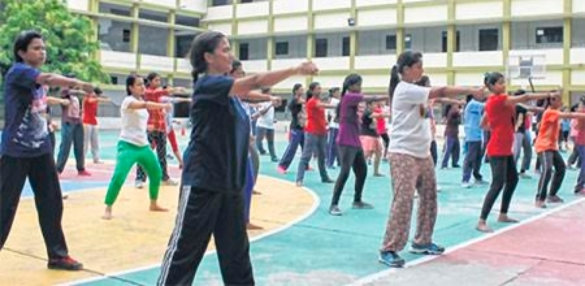Bhopal: Workshop for girls on self defense concludes at BSSS