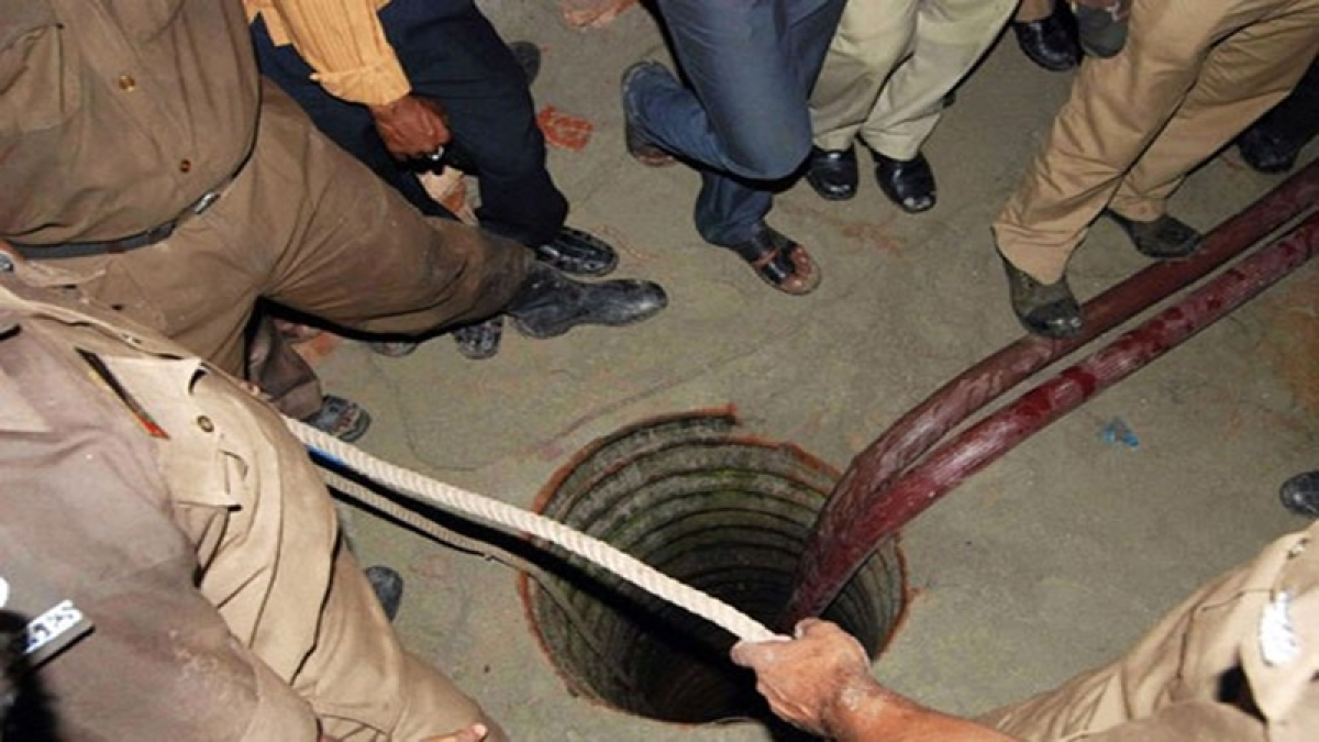 Jodhpur: 4-year-old girl dies after falling in borewell
