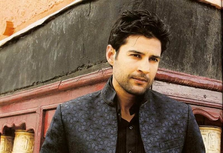 Rajeev Khandelwal to make web series debut