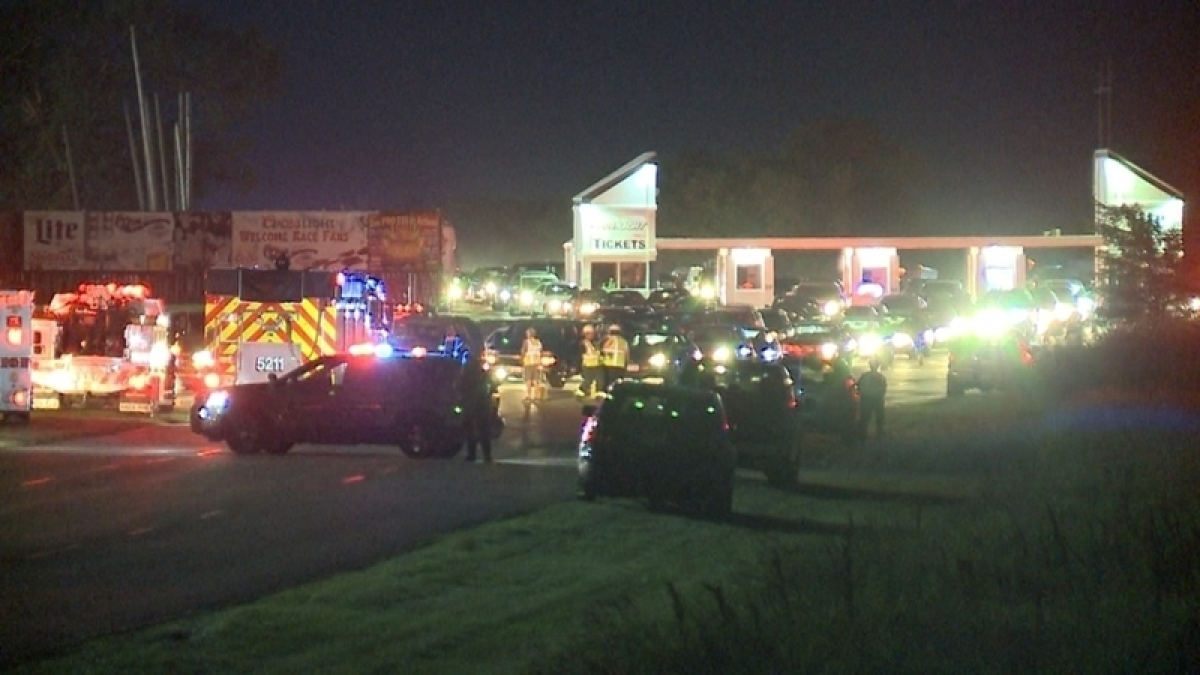 Sheriff: 3 shot dead at Wisconsin auto racing event