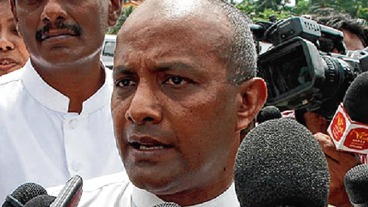 Tillakaratne questions shot selection of Lankan batsmen