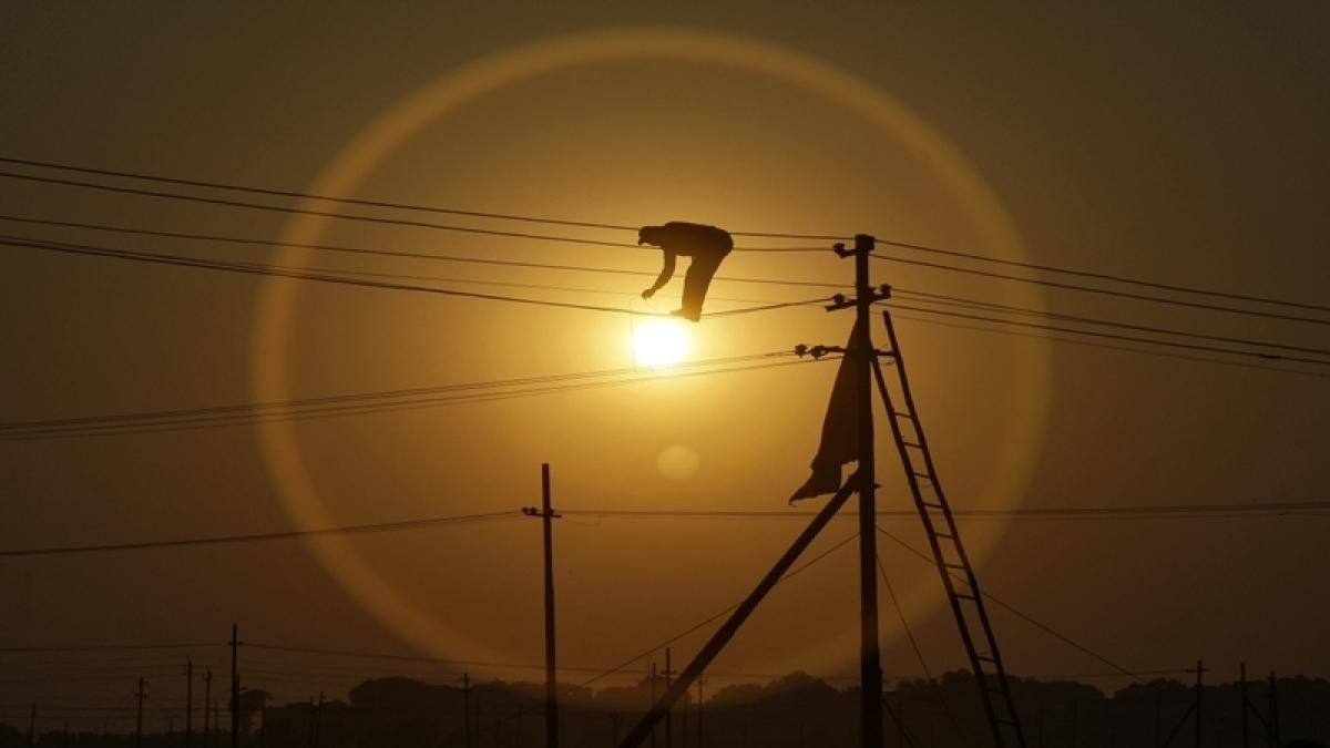 Mumbai: 14 booked for power theft in Shivaji Nagar