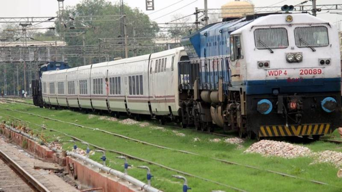 8 trains cancelled, 24 diverted as farmers continue protest on Amritsar-Delhi line