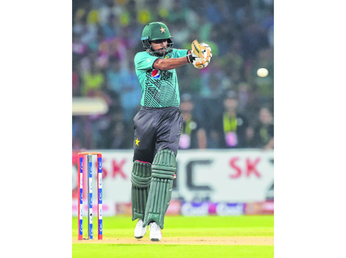 Pakistan tame World XI