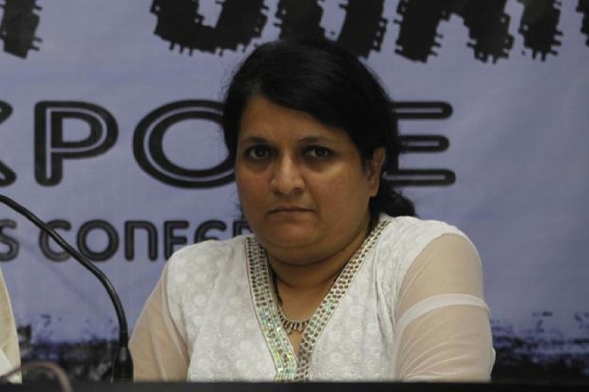 Maharashtra: Jalgaon district court issues arrest warrant against former AAP leader Anjali Damania