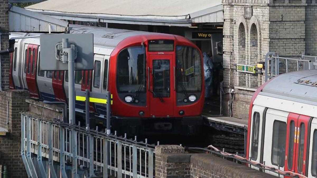 Five injured in minor blast at London Tube station