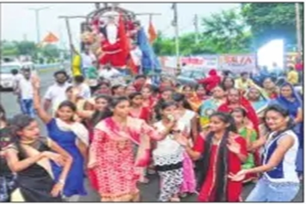 Ujjain: Colourful start to the Shardiya Navratri in Mahakal city