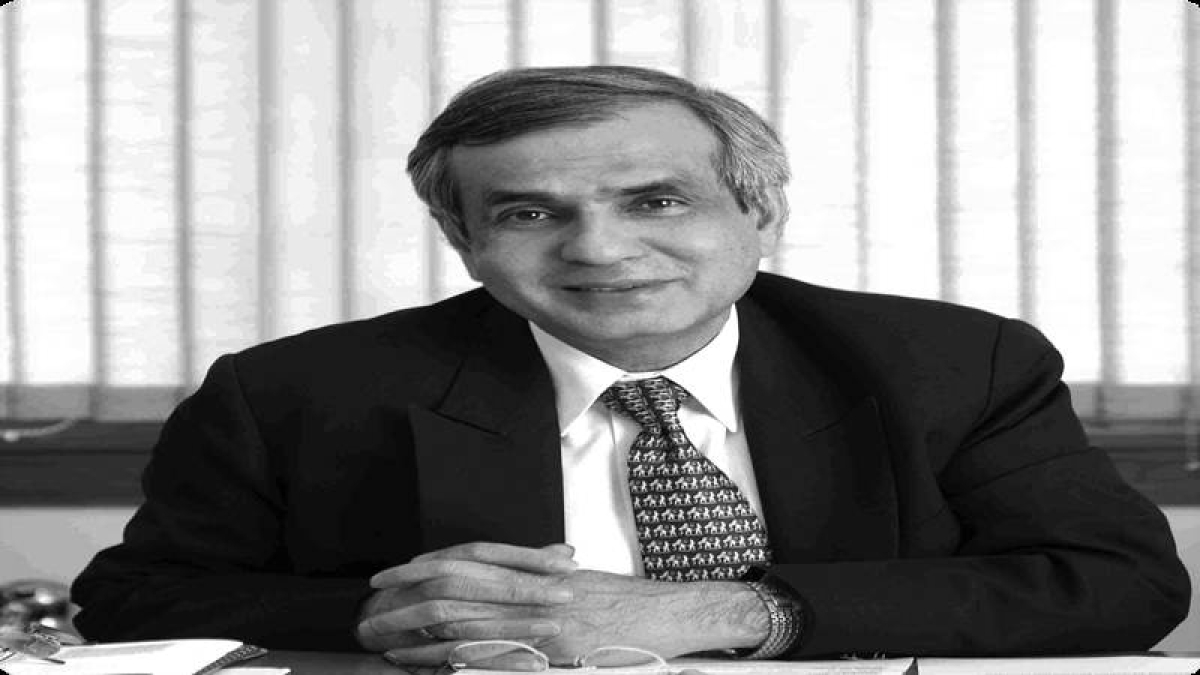 Rajiv Kumar takes charge as Niti Aayog vice-chairman