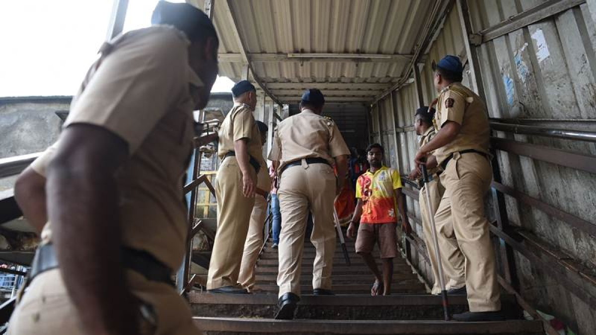 Maharashtra Security Force personnel to man the crowds on Mumbai FOBs