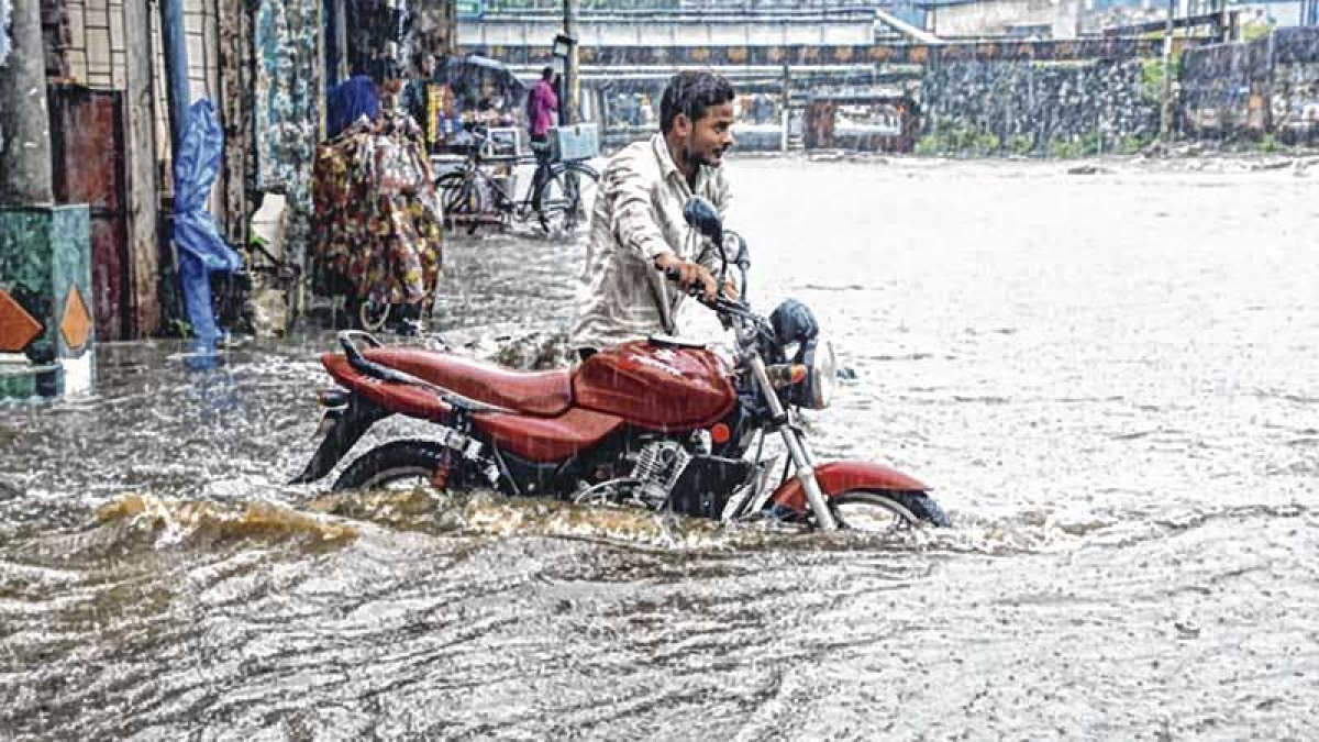Bombay High Court pulls up state government over no policy for disaster management