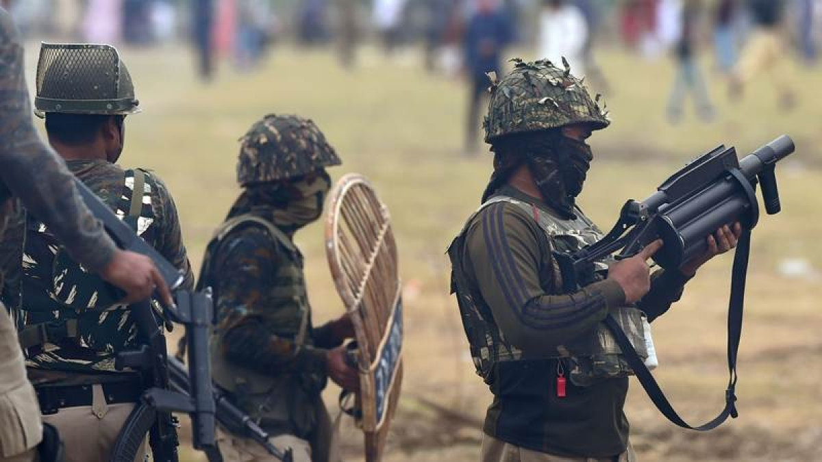 Jammu and Kashmir: Top Hizbul commander among two militants killed in Baramulla