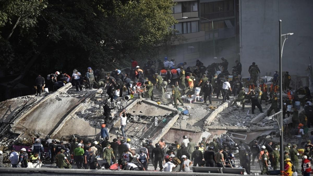 Mexico earthquake: 21 school children and 248 dead in powerful 7.1 magnitude earthquake