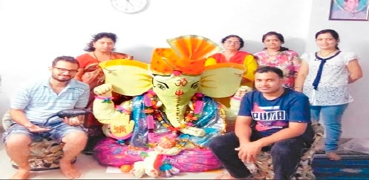 Indore: Saying goodbye to special Ganesha was tough for them