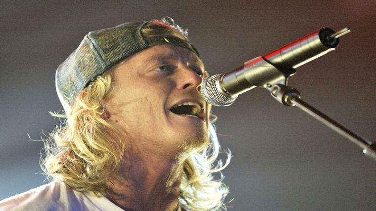 Puddle of Mudd singer arrested on gun charges, concert cancelled