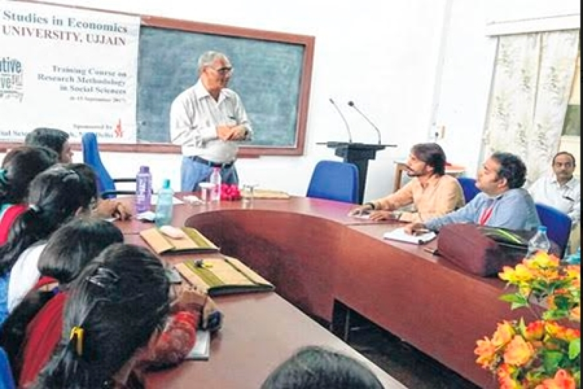 Ujjain: Workshop on research methodologies analyzes causes leading to farmers' agitation
