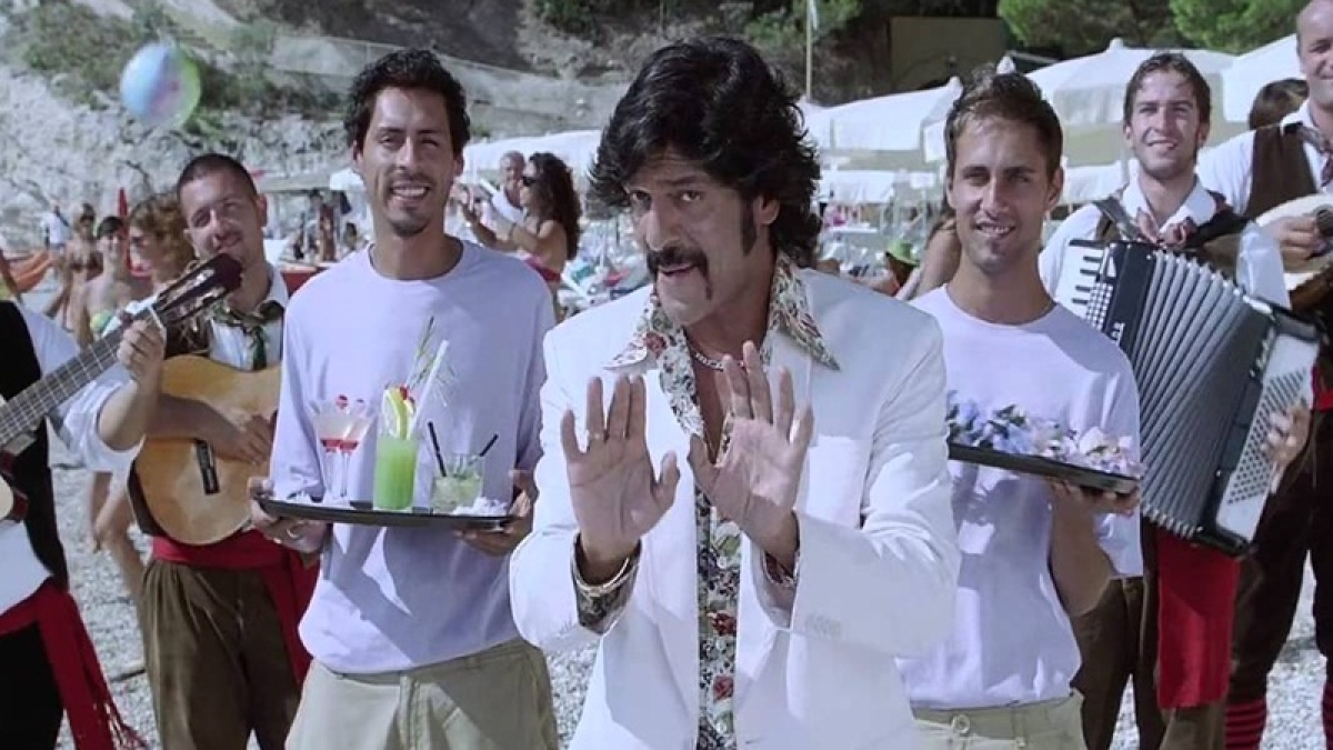 Chunky Pandey birthday special: 5 rib-tickling comedy scenes of 'Aakhri Pasta'