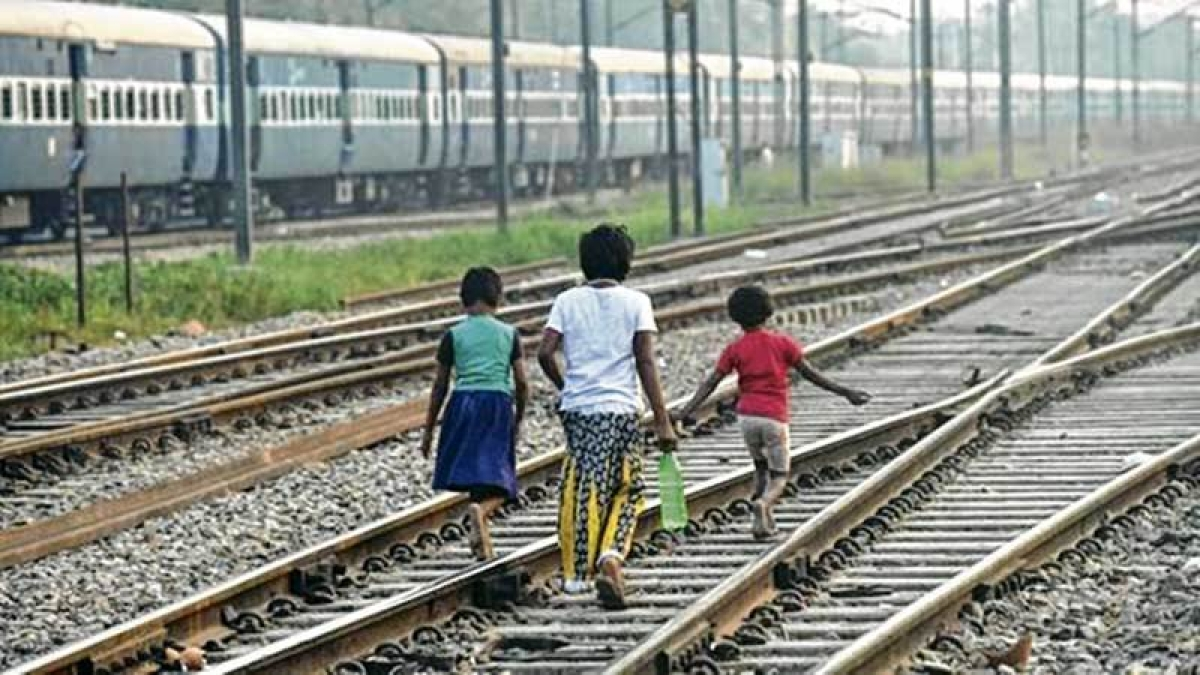 Mumbai: BMC's squads to stop people from defecating in the open