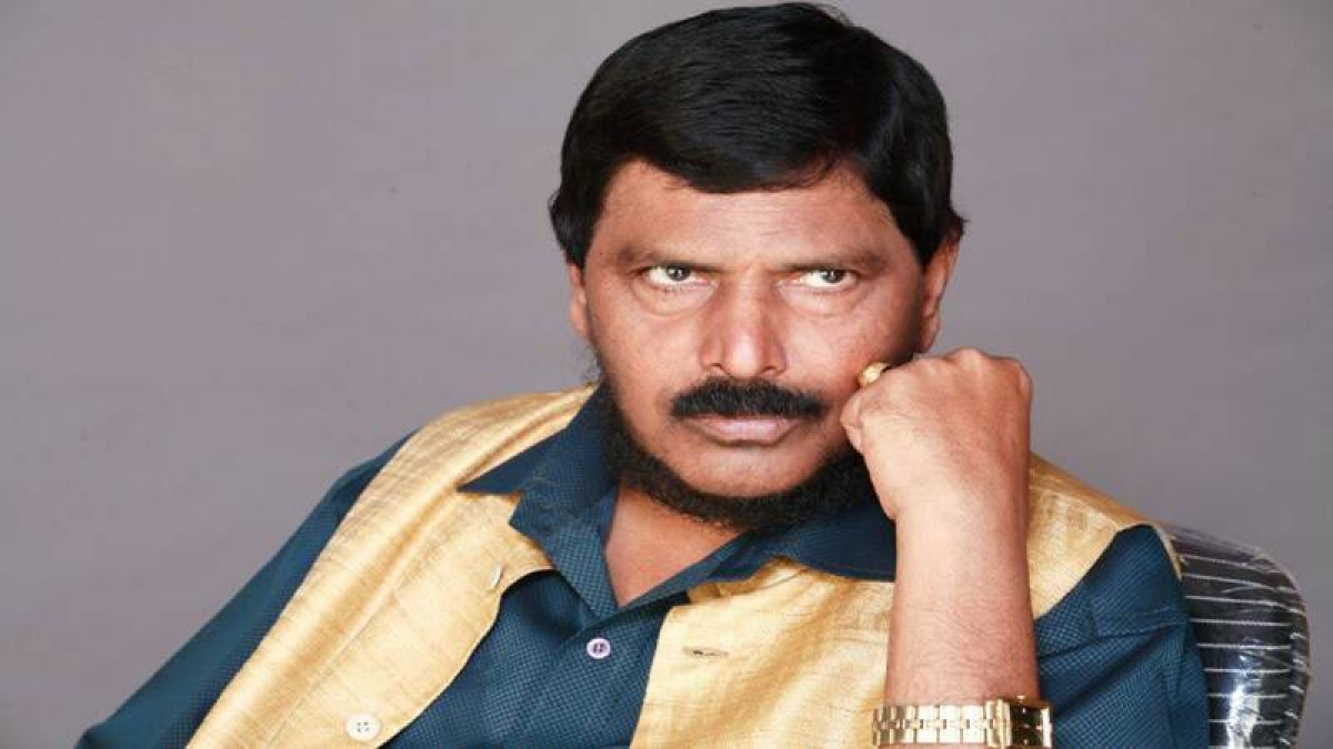 Mumbai: Man held for forging Ramdas Athawale's signature