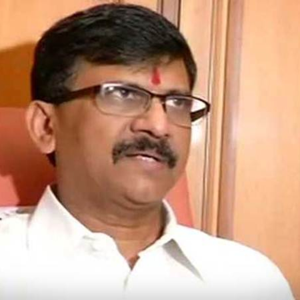Political leaders of Kashmir have over enjoyed Article 35-A, says Shiv Sena MP Sanjay Raut